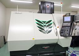 精度の高い微細加工ができる加工機を選ぶ