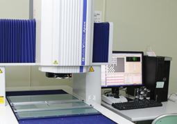 充実の測定機群でミクロン台の精度保証が可能
